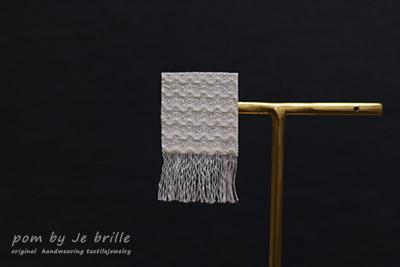 pom by Je birlle-texture line pierced earrings&earrings